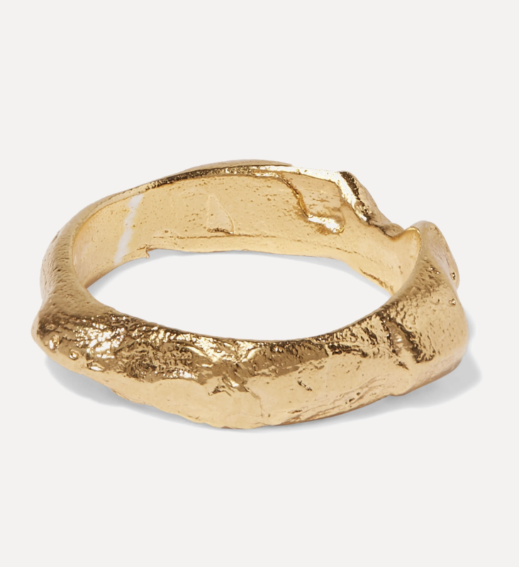 Von Alighieri, The Edge Of The Abyss vergoldeter Ring 203,85 € über Net a Porter https://www.net-a-porter.com/de-de/shop/product/alighieri/the-edge-of-the-abyss-vergoldeter-ring/1211051
