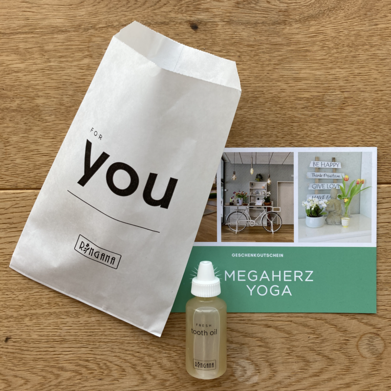 Megaherz Yoga Heyday Magazine Life is now Yoga for cancer