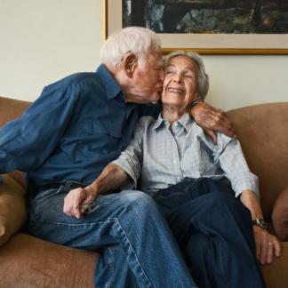 Seniorenpaar aus Karsten Thormaehlens Buchprojekt Aging Gracefully