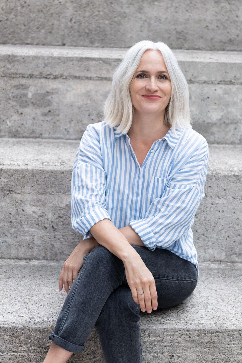 """Priska Amstutz, Co-Autorin des Ratgebers """"Das neue 40 – Alles kann, nichts muss"""""""