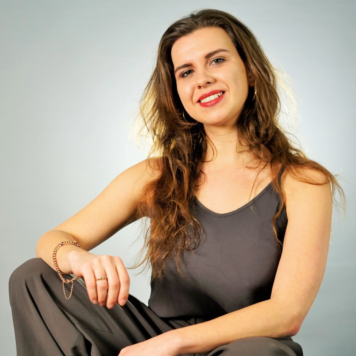 Juristin und HEYDAY-Autorin Sarah Kessler, portraitiert von Pierre Christalle