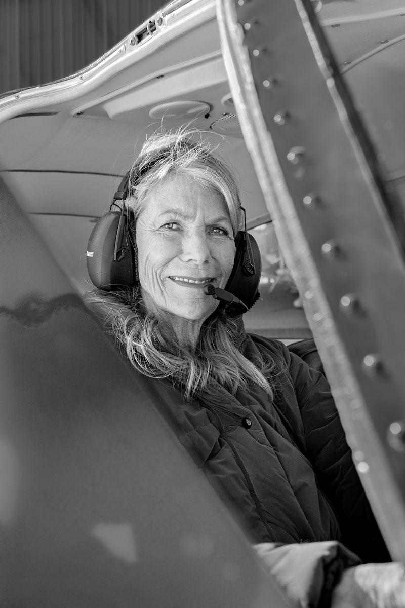 Doro Ritter-Röhr im Flugzeug