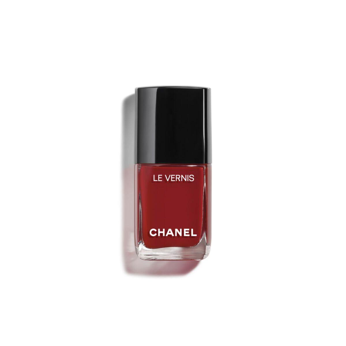 Nagellack 911 von Chanel